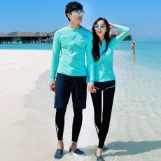 What Apparels are Suitable for a Day Out at Sea in Sunny Singapore